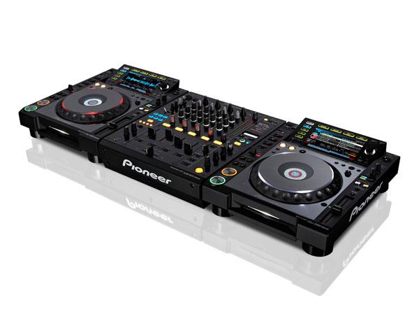 Pioneer CDJ2000 Nexus DJM900srt-2
